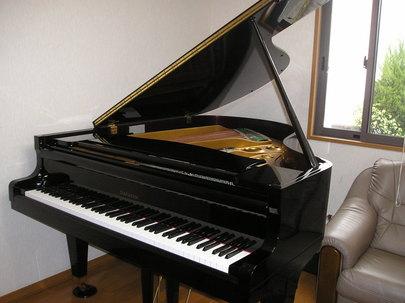 ピアノの画像